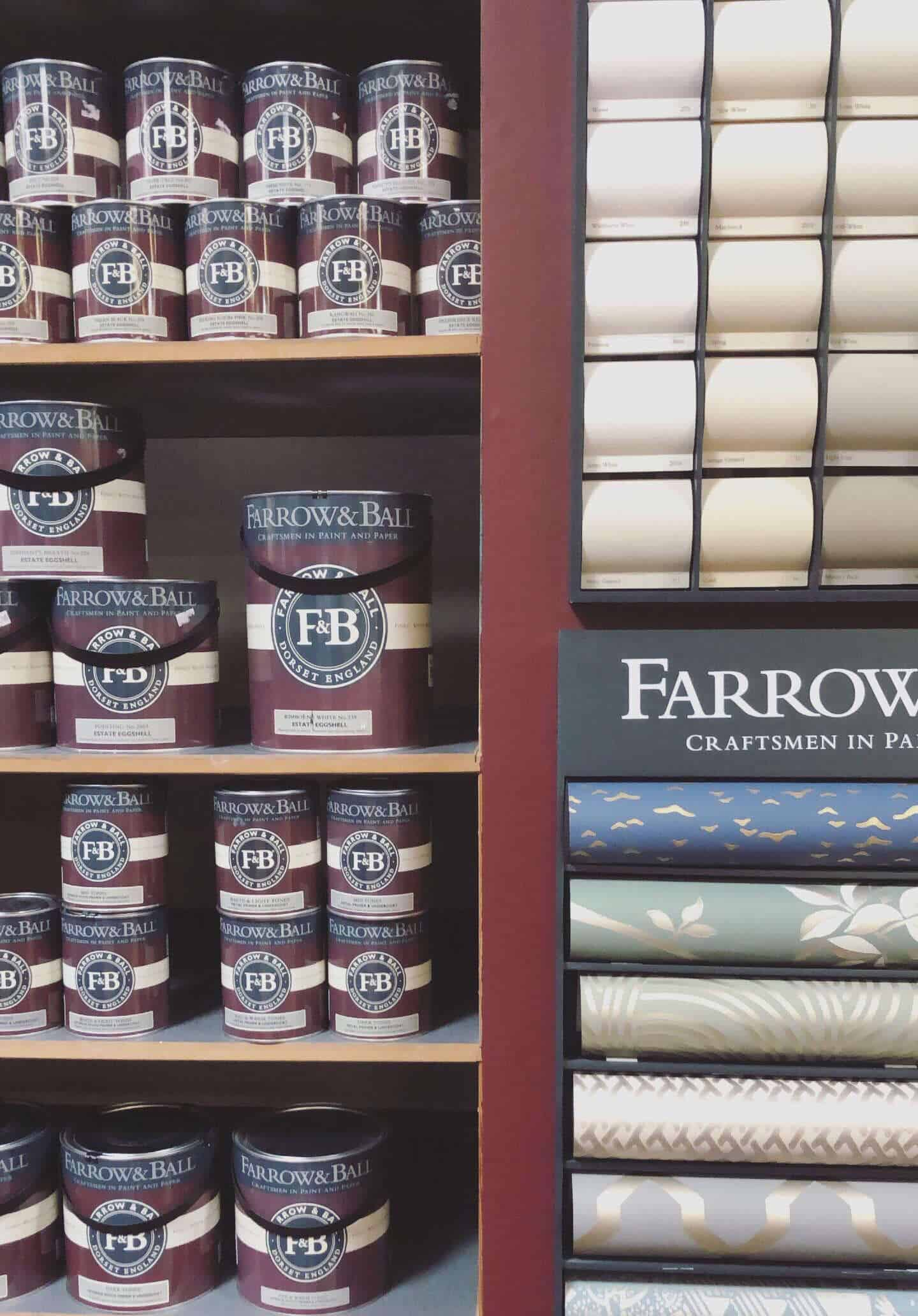 Photo des produits farrow and ball exposés dans le showroom de Reckinger au Luxembourg